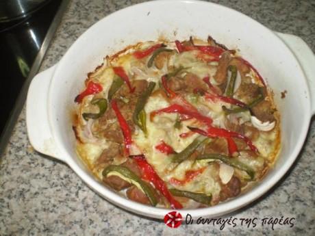 Εξοχική χοιρινή τηγανιά στο φούρνο