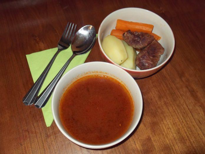 Κρεατόσουπα
