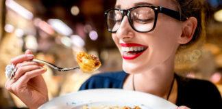 Τρία σημάδια ότι πρέπει να τρώτε περισσότερους υδατάνθρακες