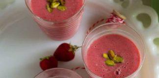 Χυμός φράουλα με ροδόνερο και φιστίκια