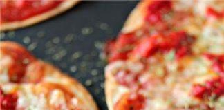 Εύκολη πίτσα με τορτίγια σε 5 λεπτά!