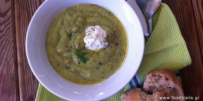 Καλοκαιρινή σούπα με κολοκύθια