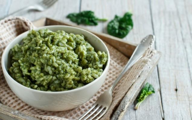 Πράσινο ριζότο με σπανάκι